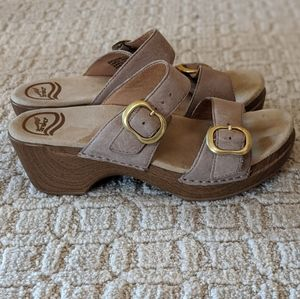 Tan Dansko Sandals Size 37